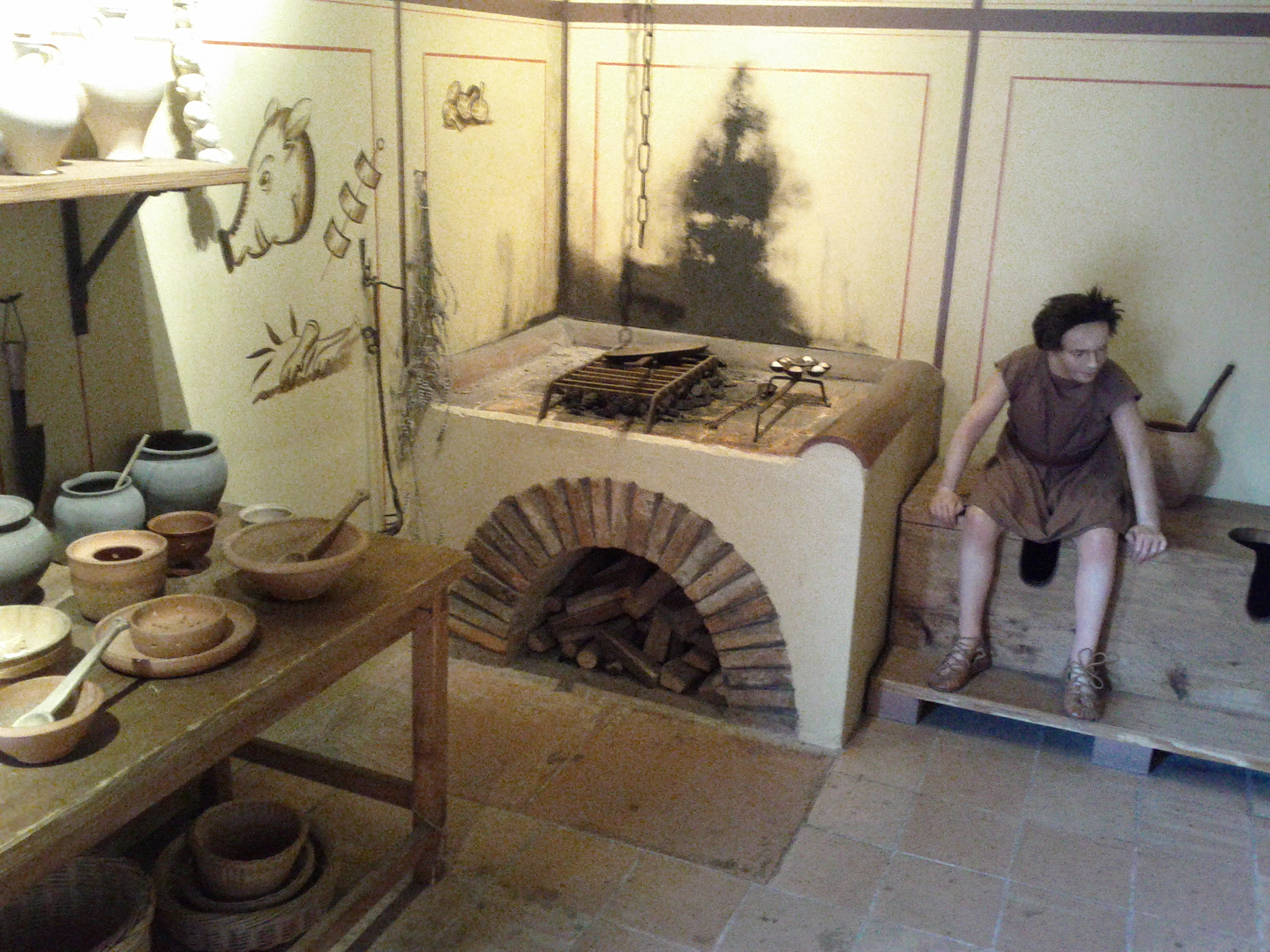 Roman house with a Loo-4-Two in the kitchen!