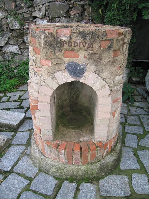 Iron smelting oven outside Il Casalino del Castagno